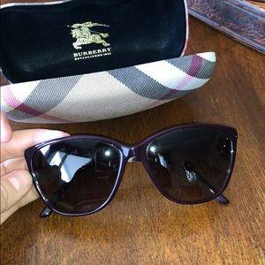 Burberry maroon sunglasses